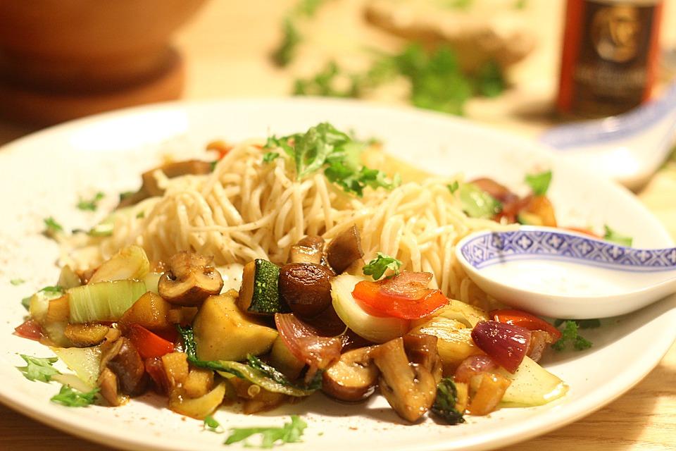 vegetar wok med ris